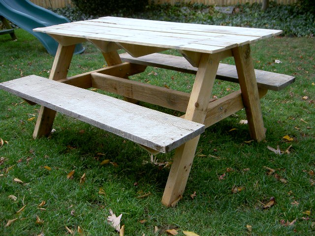 ana white kids picnic table diy projects. Black Bedroom Furniture Sets. Home Design Ideas
