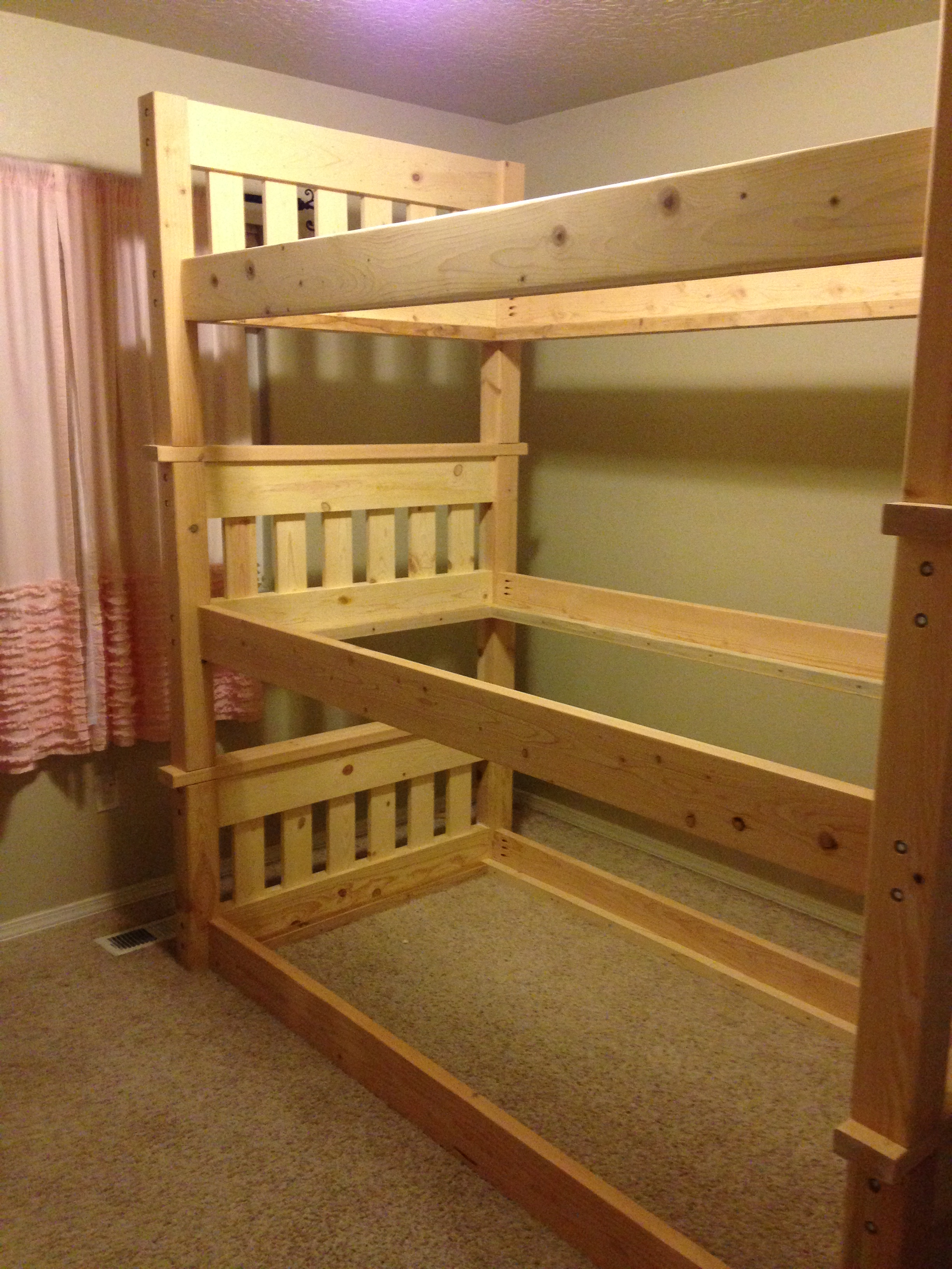 Picture of: Simple Bunk Bed Triple Bunk Ana White