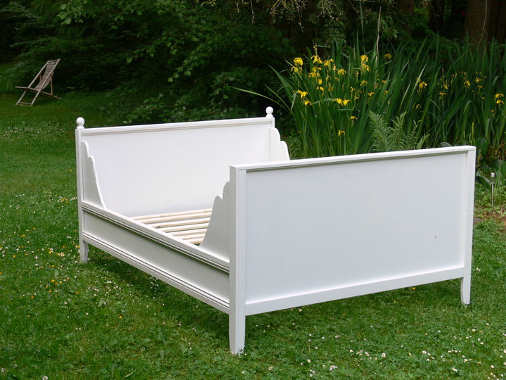 Decosee queen size daybed frame for Queen size daybed frame