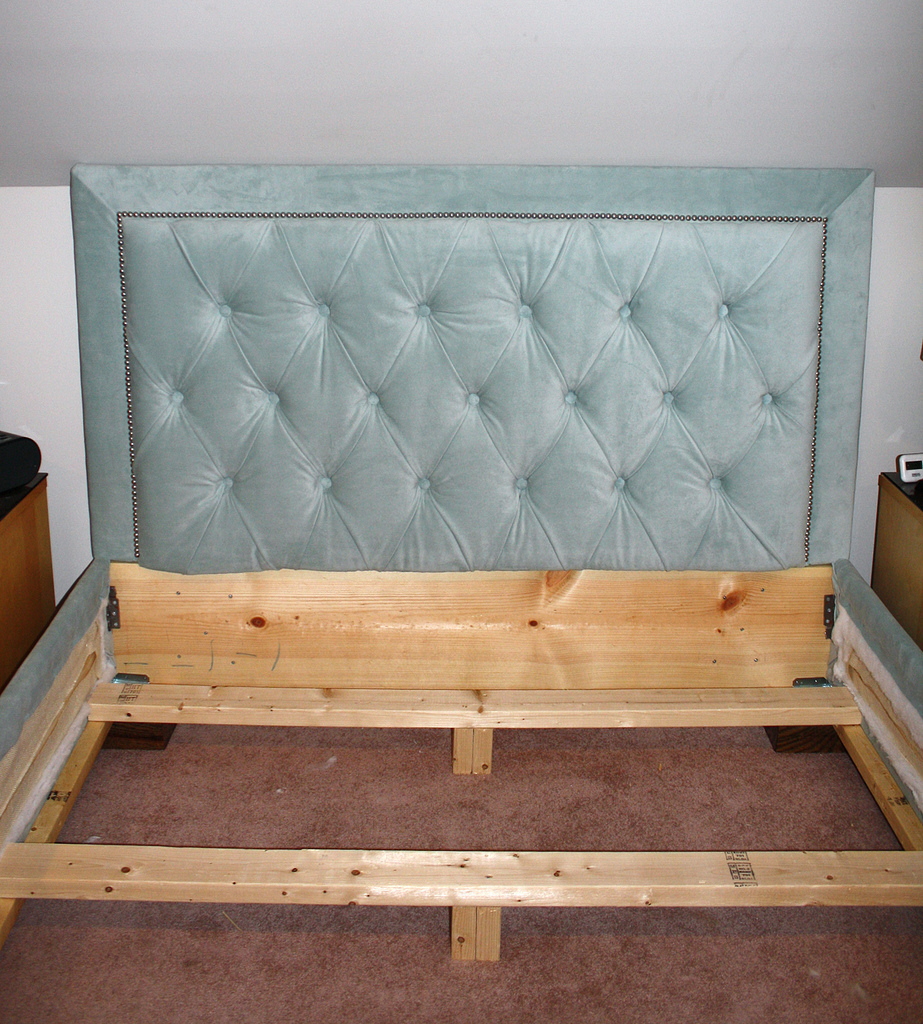 Diamond Tufted Headboard with Nailhead Trim and Matching Bed Frame ...
