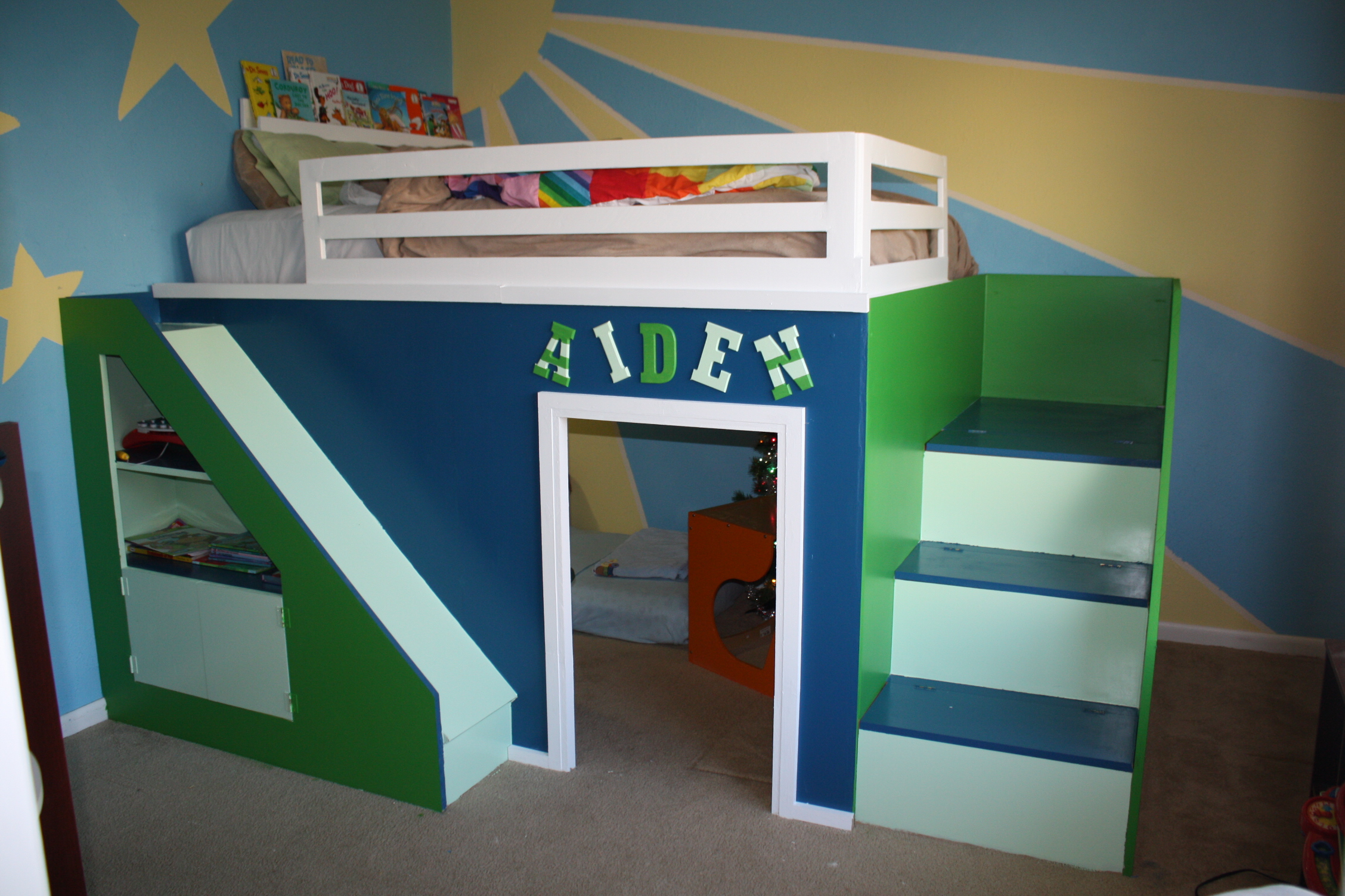Metal bunk bed with slide - Make Your Own Castle Loft Bed With A Slide I Need To Do This For My Girls Craft Ideas Pinterest Loft Bed Plans Castle Bedroom And Girls