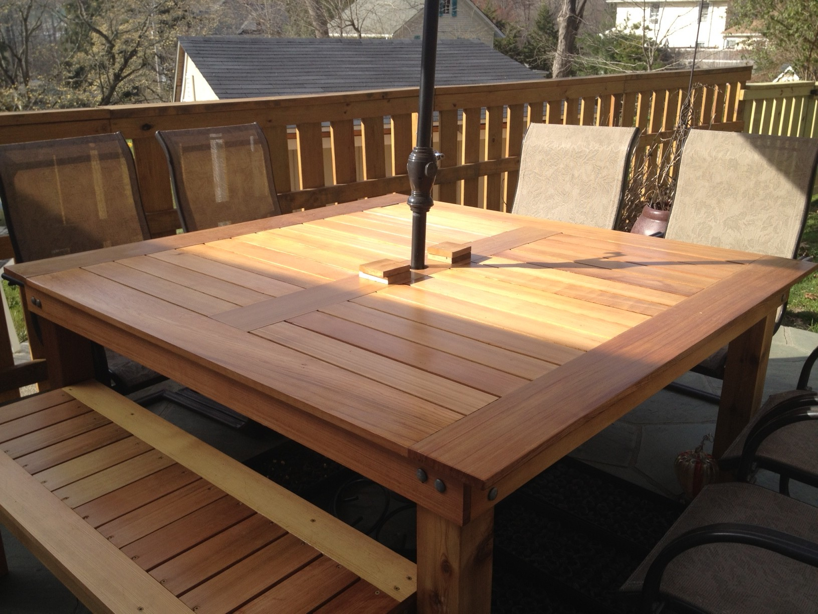 Simple Square Cedar Outdoor Dining Table | Do It Yourself Home ...