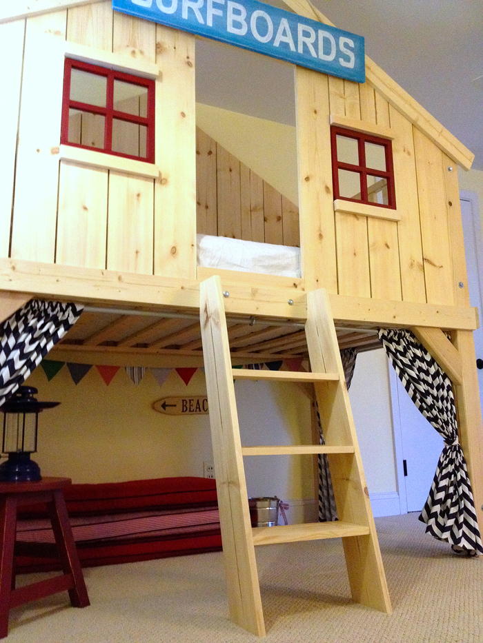 Ana White | Clubhouse Bed - DIY Projects