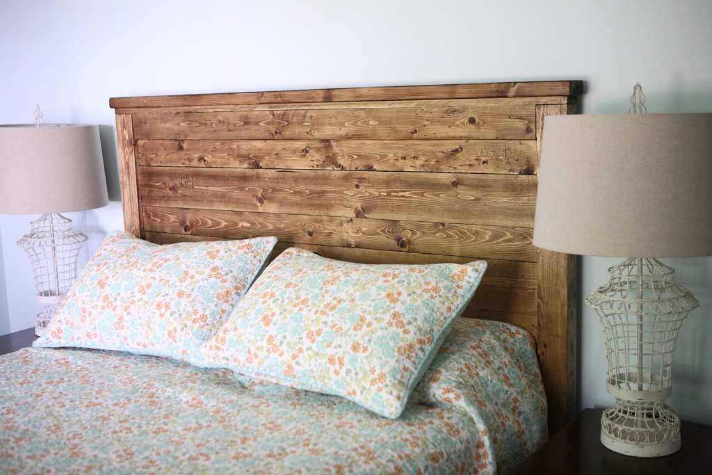 59 Incredibly Simple Rustic Décor Ideas That Can Make Your: Reclaimed-Wood Headboard - DIY Projects