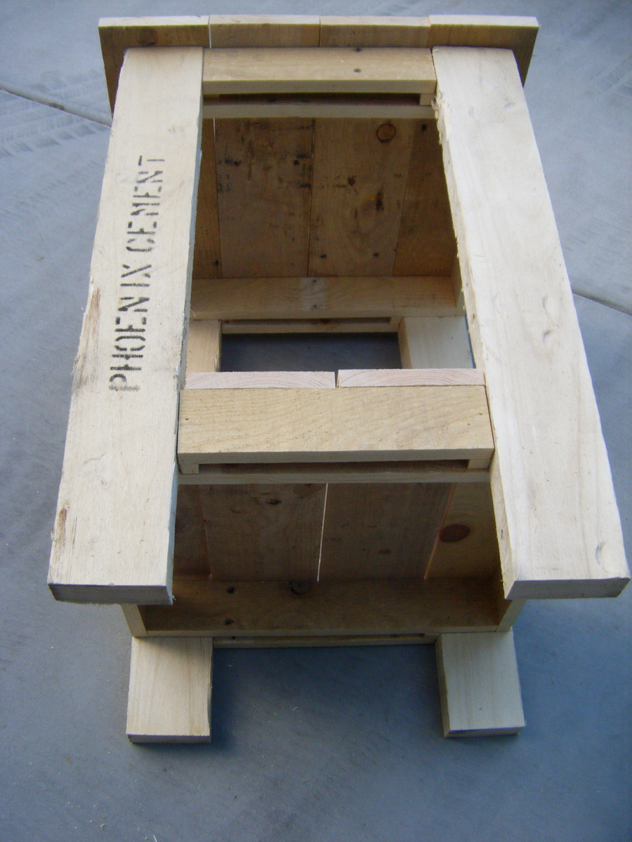 pallet side table plans