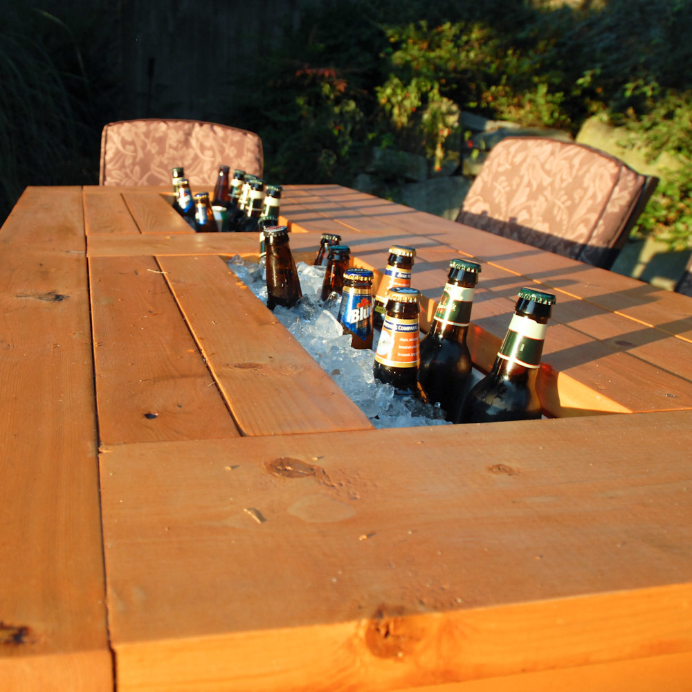 Backyard Table Plans : Patio Table with Builtin BeerWine Coolers with liids