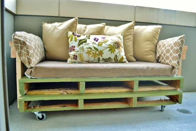 ... Sofa with Tacoma Perry | Free and Easy DIY Project and Furniture Plans