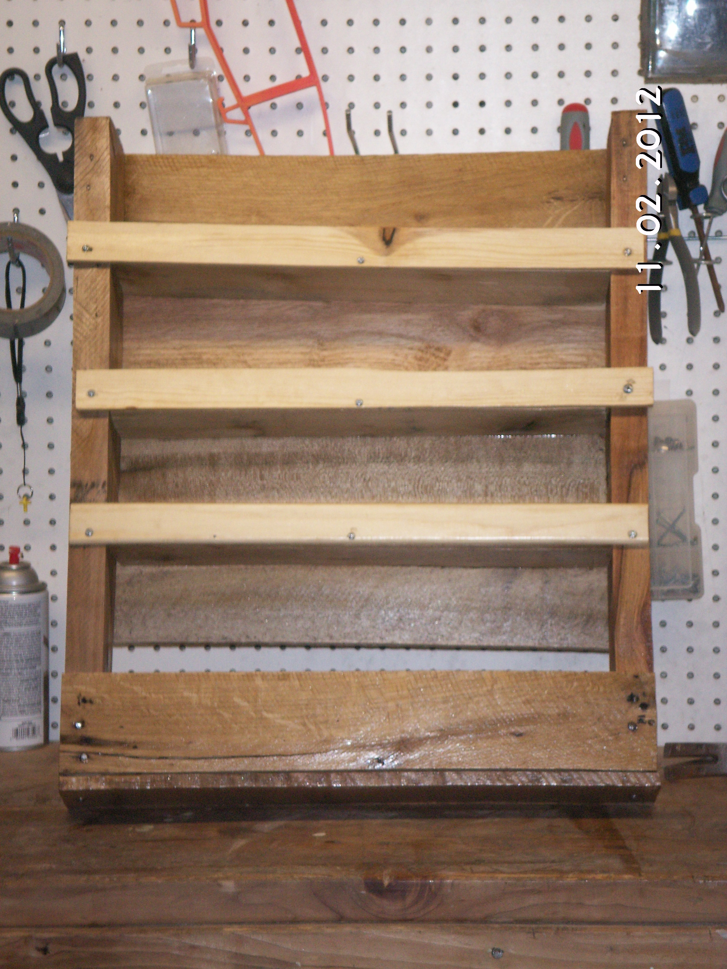 DumDun: Beginner wood pallet projects images
