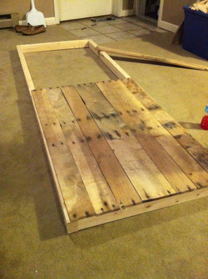Ana White Sliding Quot Barn Quot Door From Reclaimed Pallet Wood