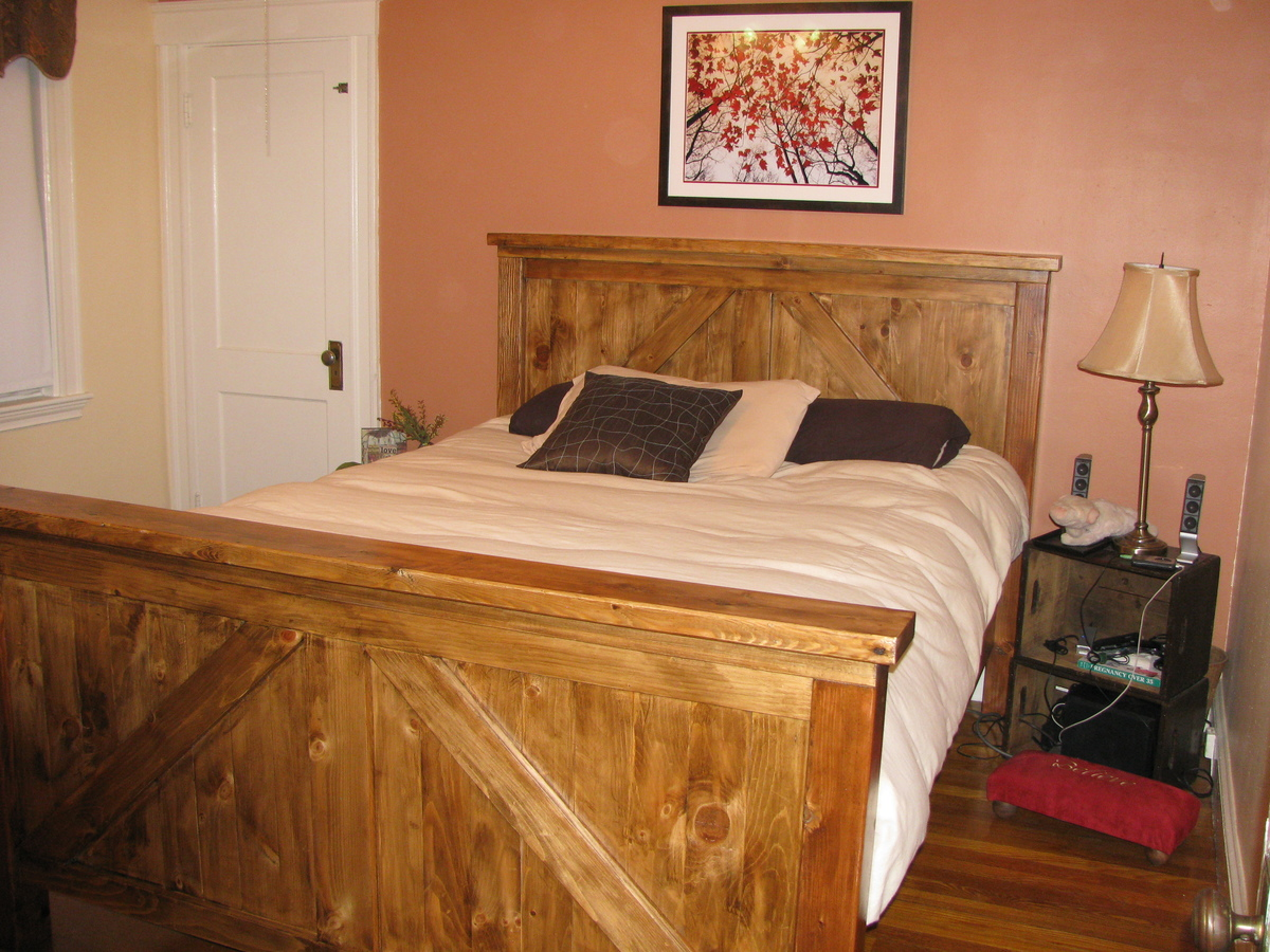 Queen bed frame combo Farmhouse/Brookstone with Pecan/Expresso stain