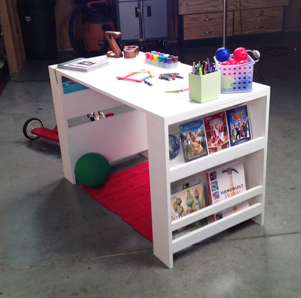 Kids Desk with Storage 600 x 594