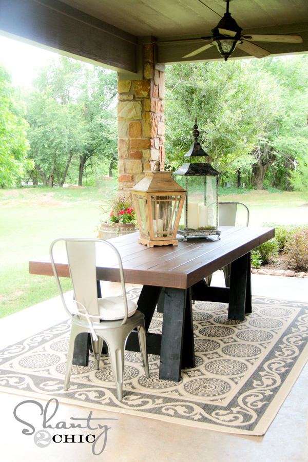 Ana white sawhorse outdoor table diy projects for Table exterieur diy