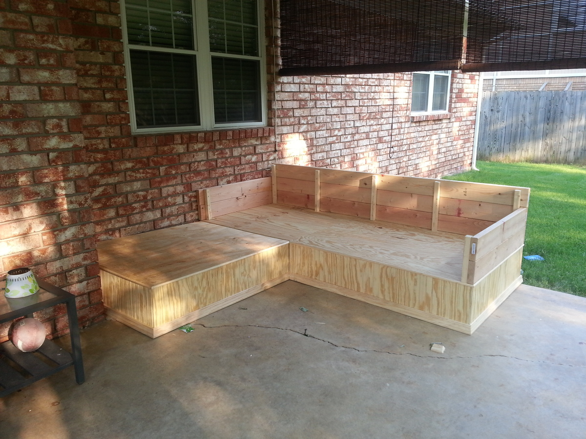 Ana white outdoor seating area from outdoor sectional for Outdoor seating