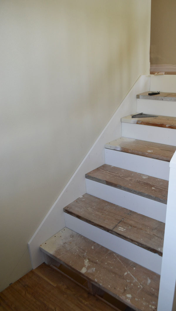 how to cut skirting boards on stairs