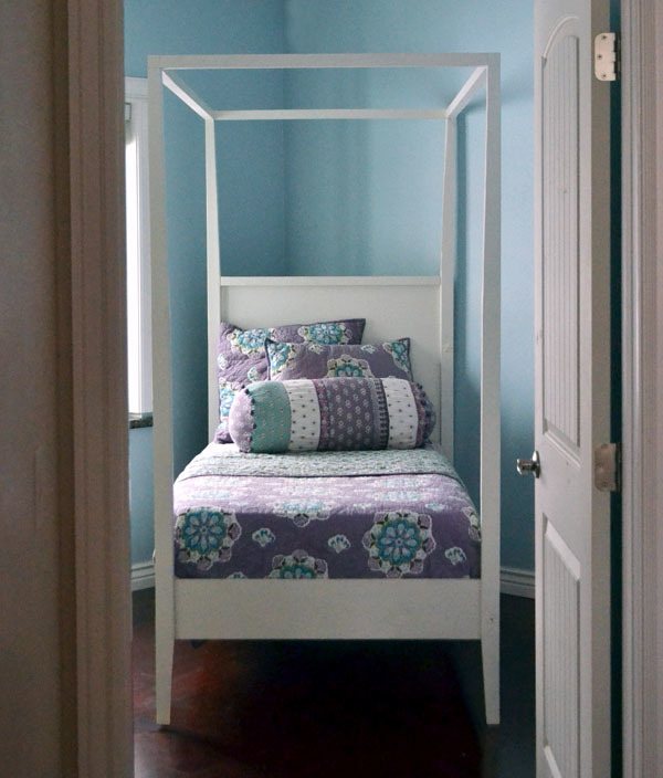 Ana White | Hannah Canopy Bed - DIY Projects