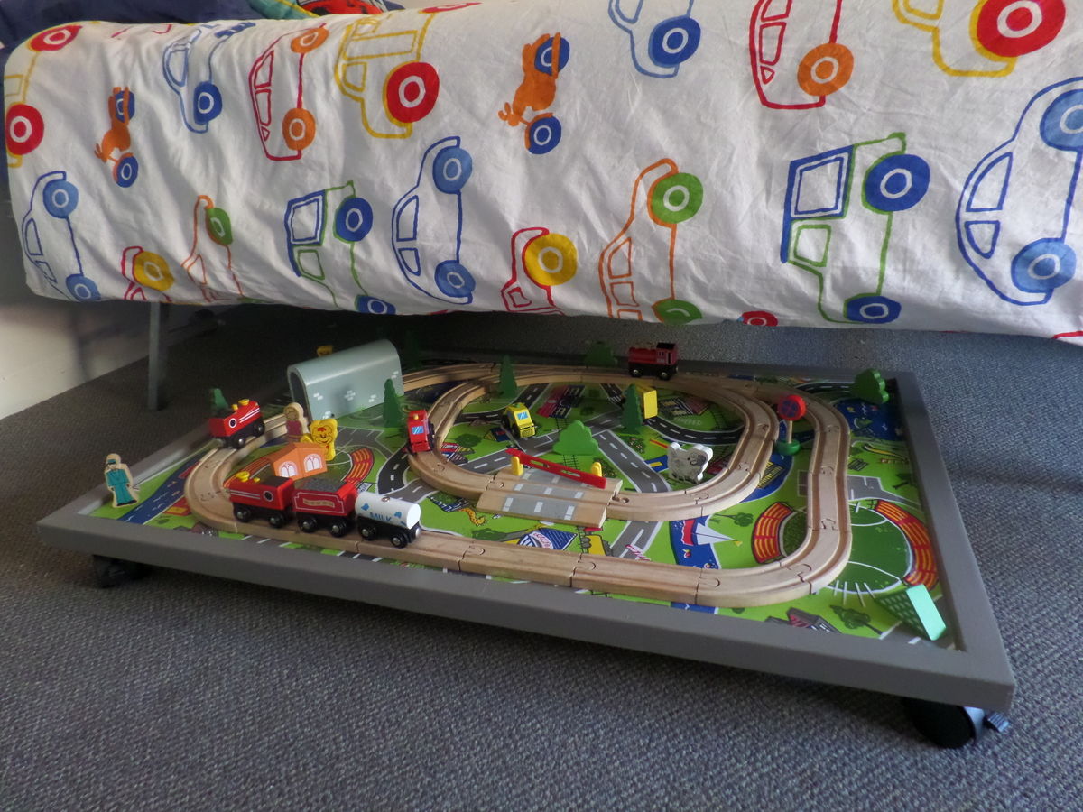Ana White Under Bed Train Table Diy Projects