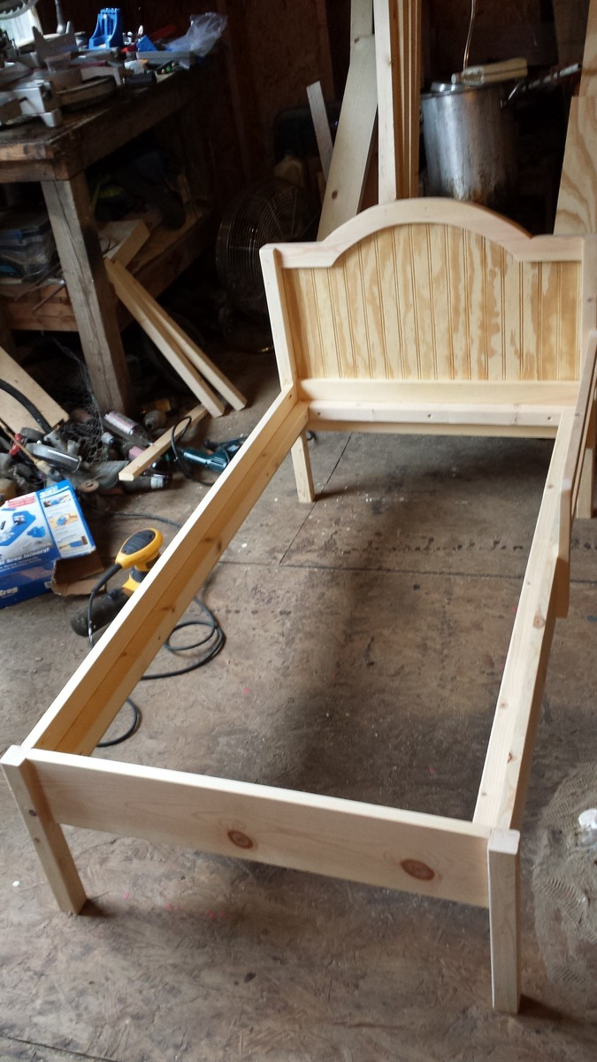 Ana White The Traditional Wood Toddler Bed Diy Projects
