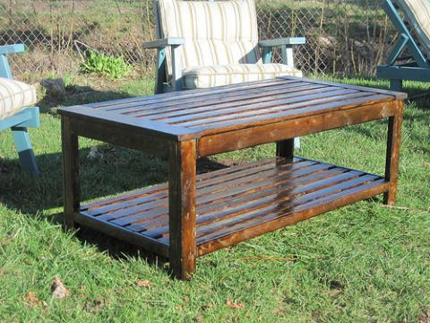 outdoor wooden coffee table plans