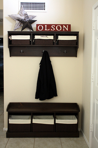Ana White | Build a Entryway Bench and Storage Shelf with Hooks ...