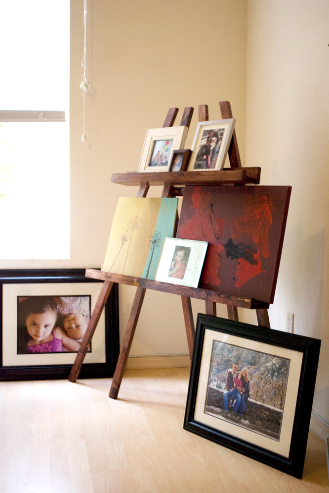Ana white pb inspired display easel diy projects for Website to sell paintings