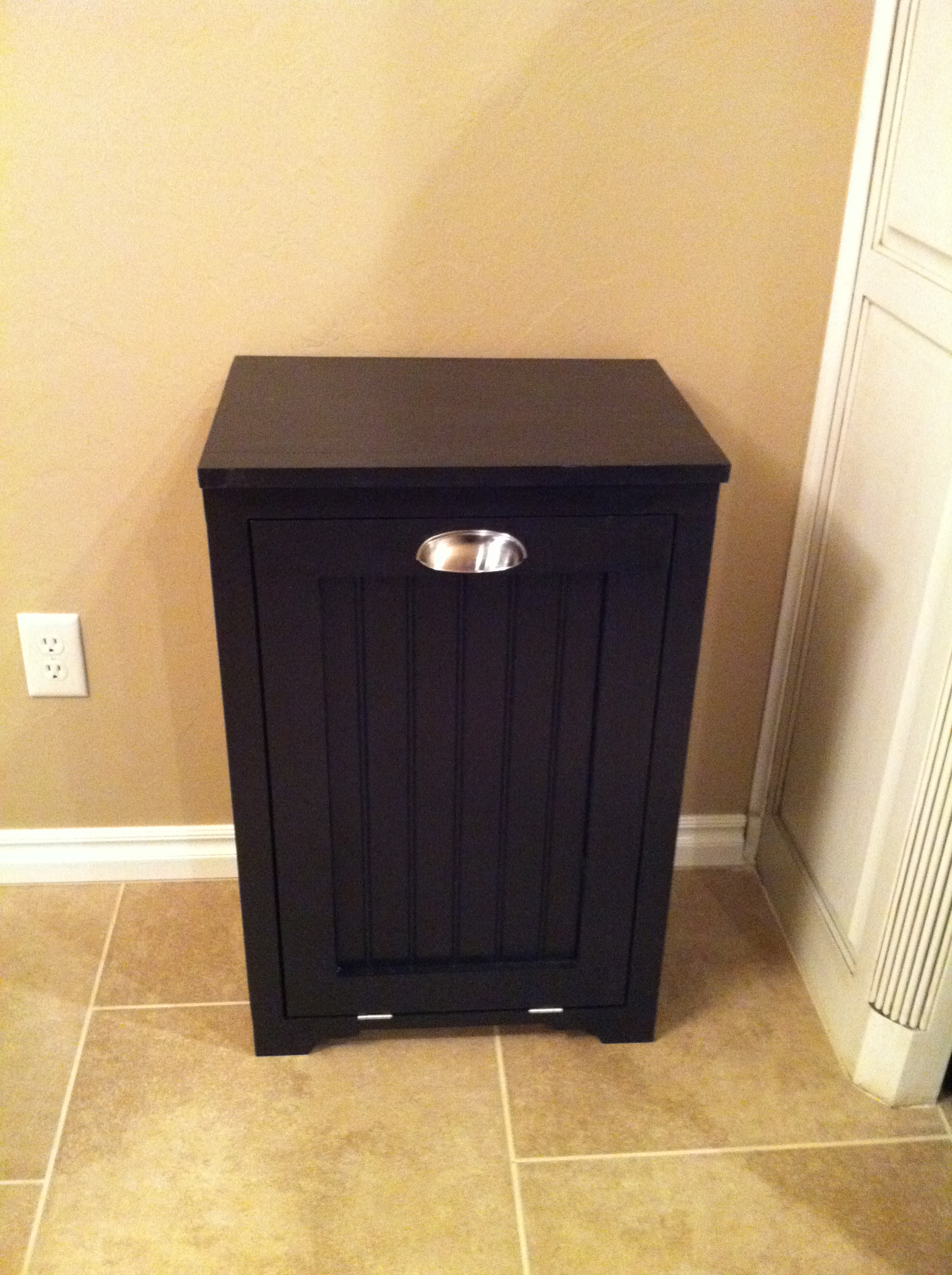 Ana White Trash Can Cabinet W Bead Board Insert Diy Projects