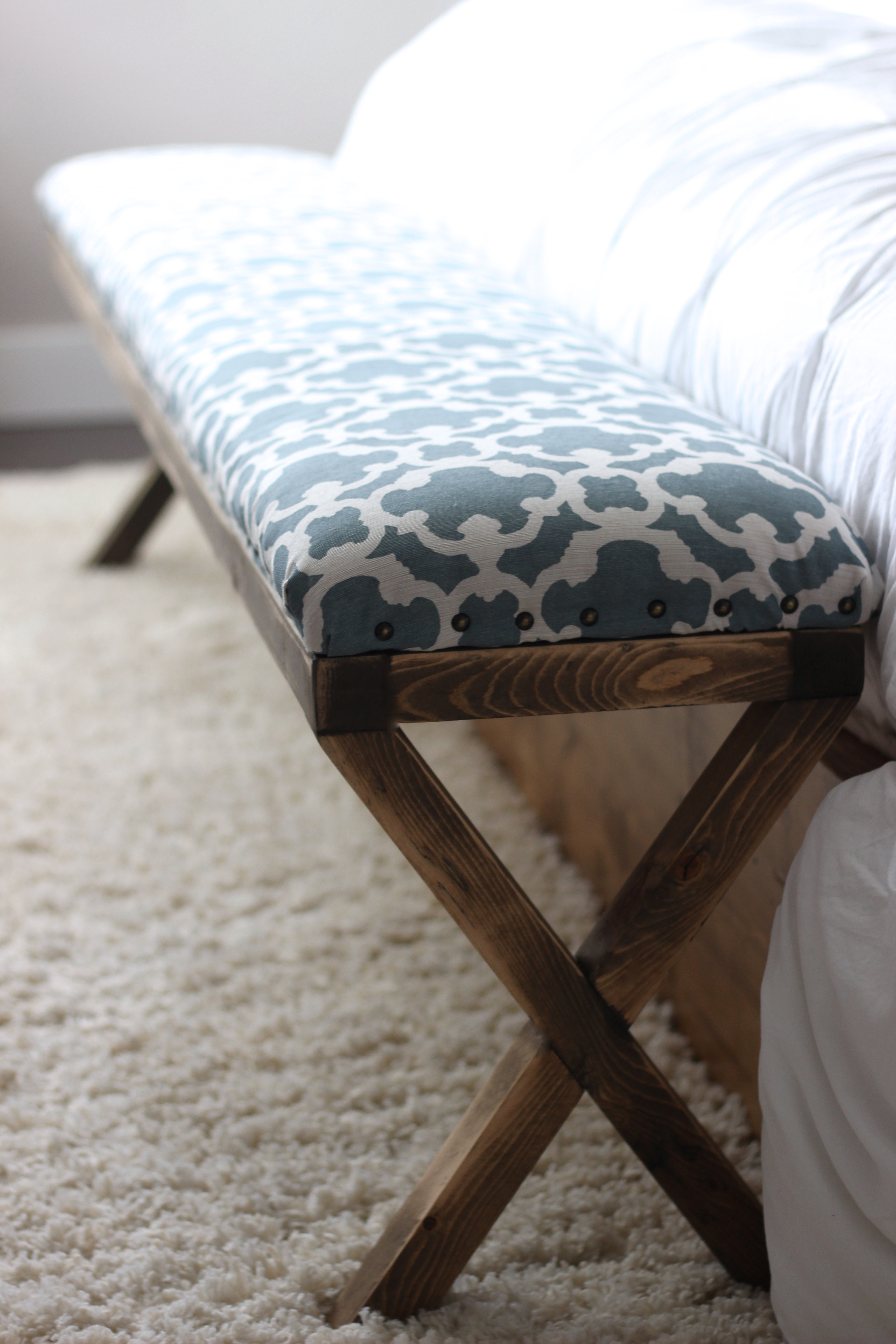 Ana White Super Easy Diy Upholstered X Bench Diy Projects