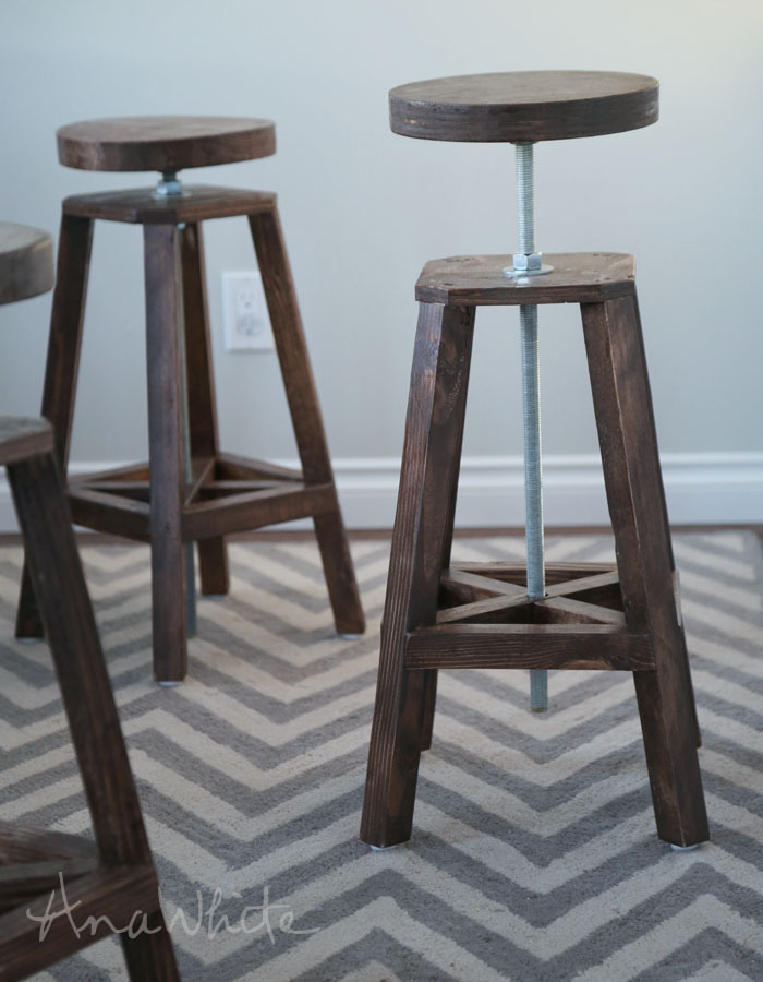 We love these stools and how they turned out but they are not a beginner project. Please donu0027t attempt as a first project. & Ana White | Industrial Adjustable Height Bolt Bar Stool - DIY Projects islam-shia.org