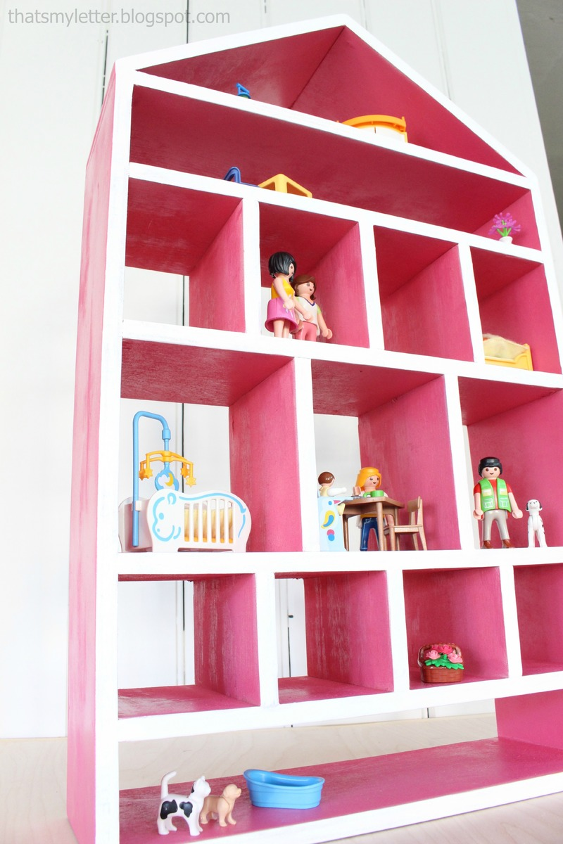 Ana white dollhouse wall shelf diy projects for Easy diy wall shelf