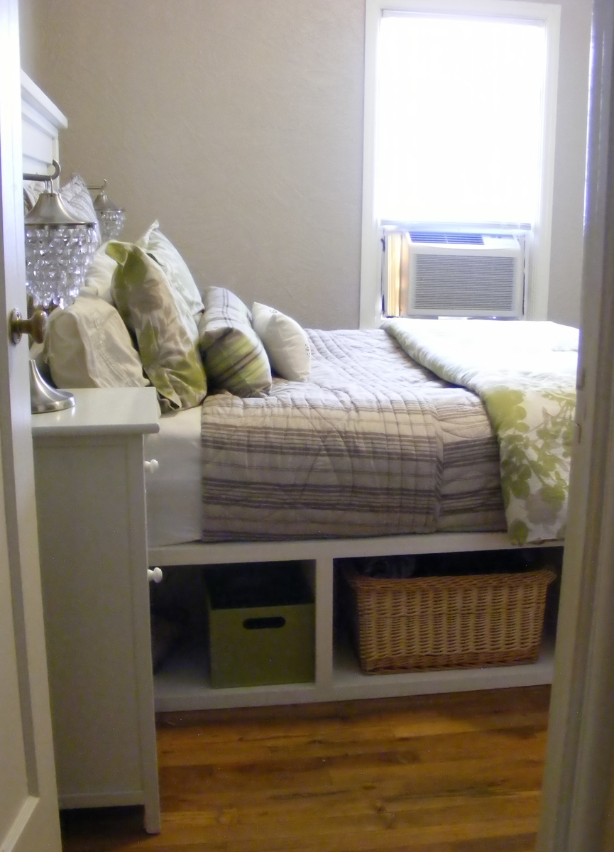 Ana White | Farmhouse Storage Bed with Hinged Footboard ...