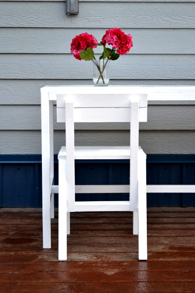 Ana White | Harriet Outdoor Dining Chair For Small Modern Spaces   DIY  Projects