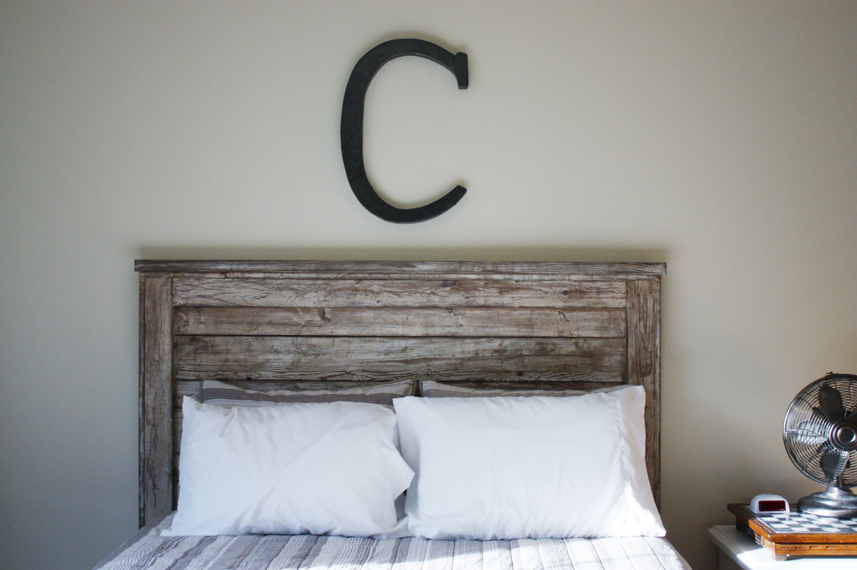 Ana White Rustic Headboard DIY Projects. Full resolution‎  snapshot, nominally Width 3088 Height 2056 pixels, snapshot with #526179.