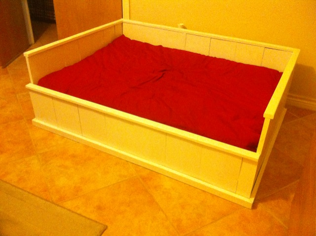 Ana White Farmhouse Dog Bed Diy Projects