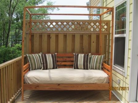Ana white outdoor pine canopy daybed diy projects for Diy outdoor daybed plans
