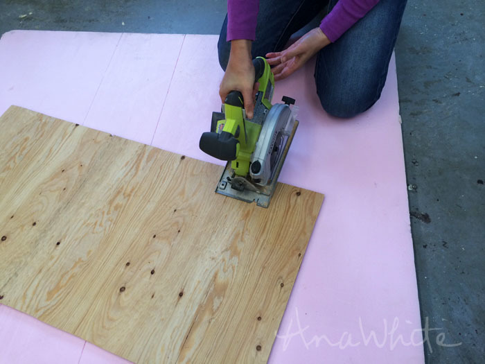 Marvelous But My Favorite For Cutting Sheet Goods Is A Sheet Of Thick Rigid Foam  Insulation. Just Lay The Plywood Piece On The Foam, And Start Cutting.