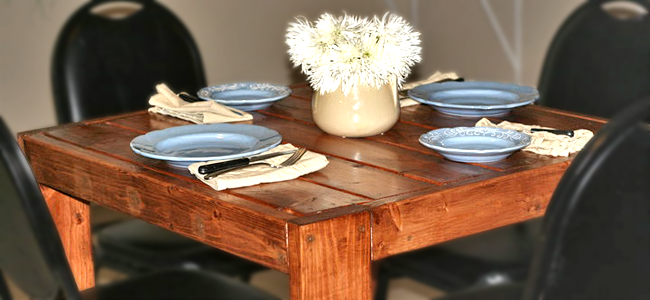 Diy wood farmhouse table learn how garan wood desk for Modern farmhouse table plans