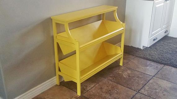 library console yellow