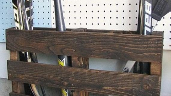 hockey stick storage pallet